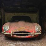 Une Jaguar E-Type 3.8 Coupé oubliée dans une grange pendant 40 ans