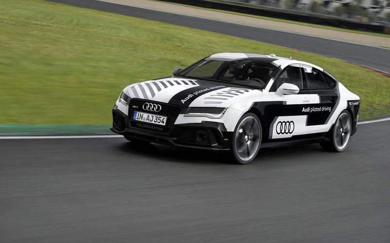 voiture autonome audi R7