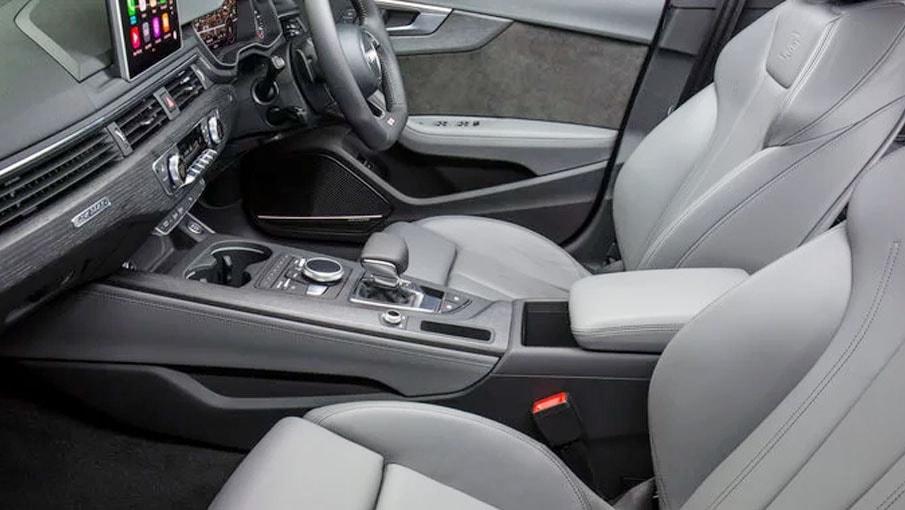 2017-Audi-A5-Sportback-interieur