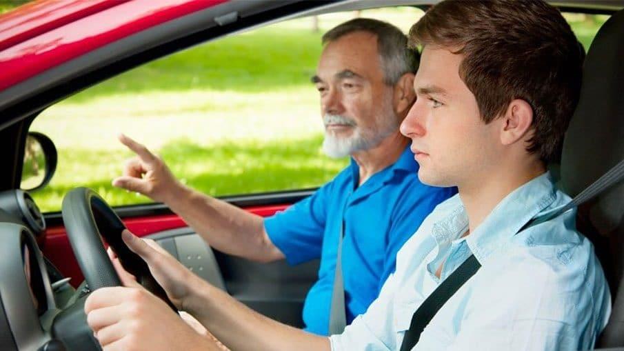 jeune-conducteur