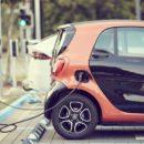 Les voitures électriques doivent-elles passer le même contrôle technique que les voitures à essence ?